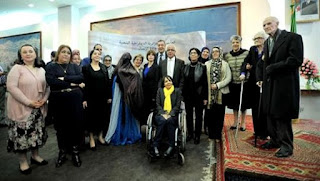 Hamid Grine honore douze Algériennes au parcours méritant
