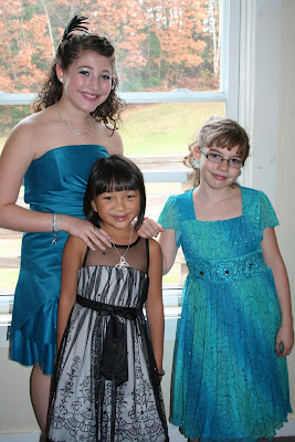 Three pretty ladies: Vivienne, Juliana, and Gabriella.