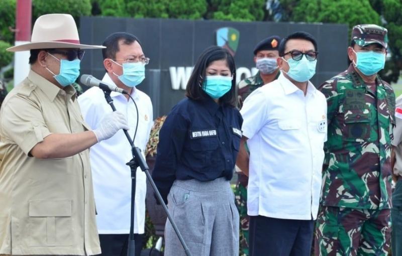 Sindir Menkes Terawan, Politis PAN: Kok Pakai Masker, Kan Sehat?