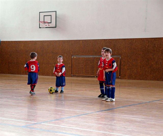 Medzinárodný turnaj ČSFA v Malackách (6.3.2011) - SAM_0233.JPG