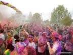 Crazy mass of Color Runners!!