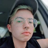 Alexandra Wright's avatar