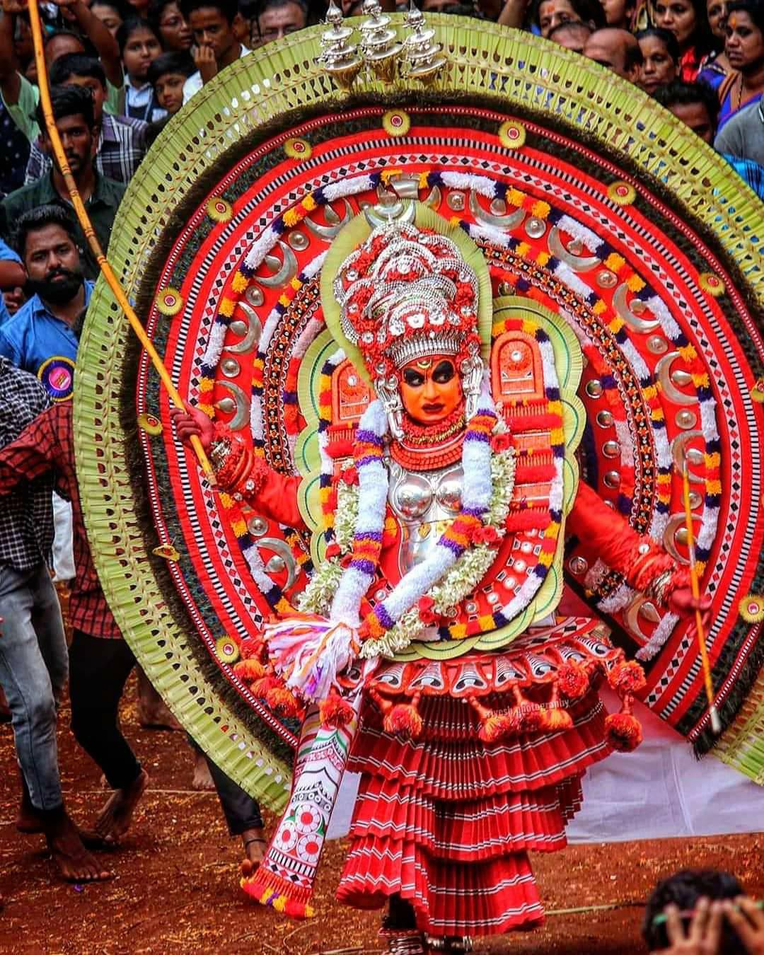 മൂവാളം കുഴി ചാമുണ്ഡി Theyyam