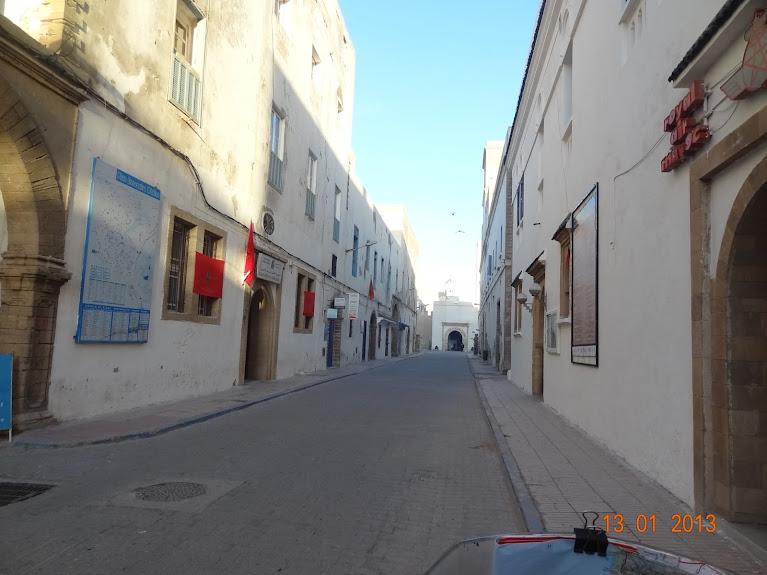Marrocos e Mauritãnia a Queimar Pneu e Gasolina - Página 3 DSC05578
