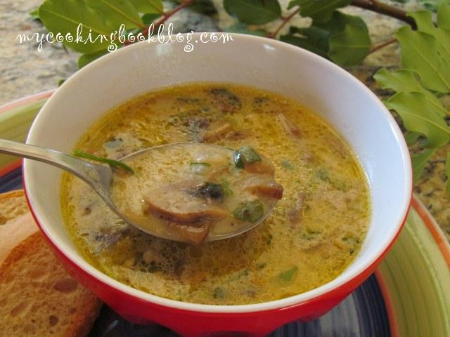 Семпла супа от гъби