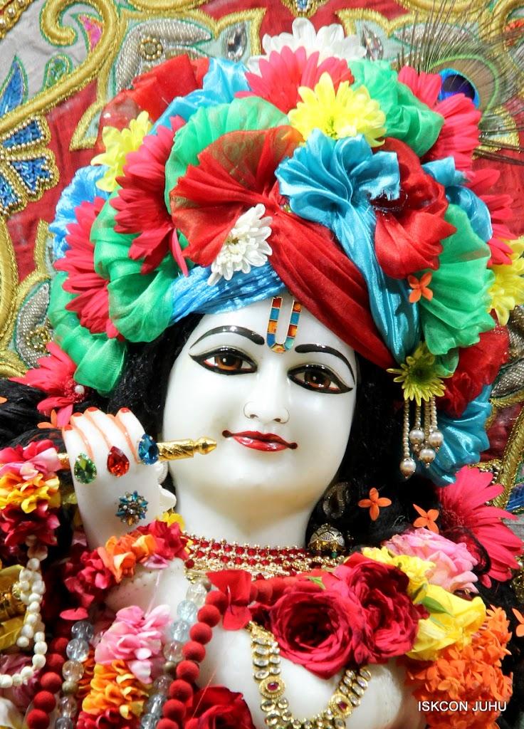 ISKCON Juhu Sringar Deity Darshan on 23rd Aug 2016 (10)