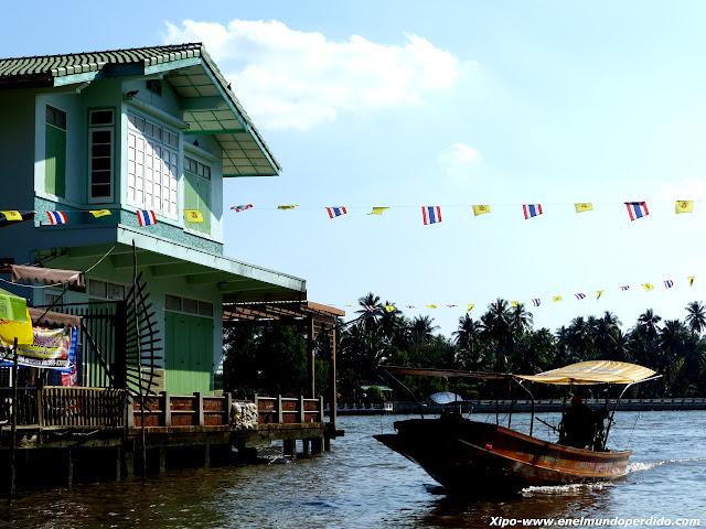 paseo-barco-amphawa.JPG