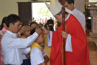 173 em thiếu nhi Giáo xứ Cồn Thoi được lãnh nhận Bí Tích thêm sức