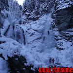 Vălul Miresei înfrumusețat în cristale de gheață