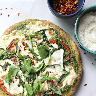 PESTO BURRATA PIZZA.