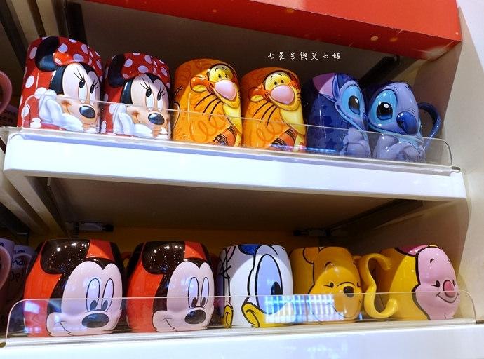 6 香港機場 迪士尼奇妙店 買達菲熊免進迪士尼樂園