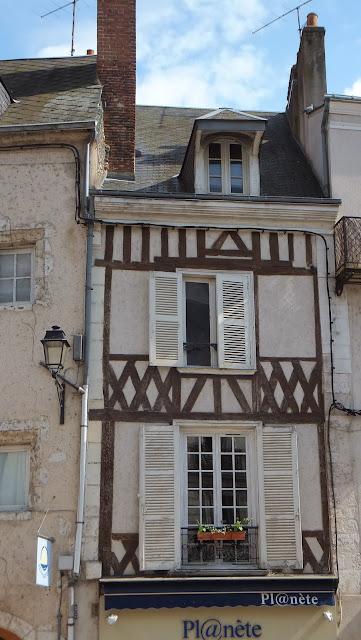 Escalera Denis Papin, Blois, Francia, Elisa N, Blog de Viajes, Lifestyle, Travel