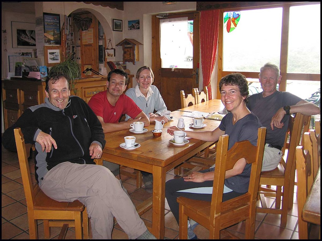 [52-Coffee-break-in-Refuge-Le-Roc-de-%5B1%5D]