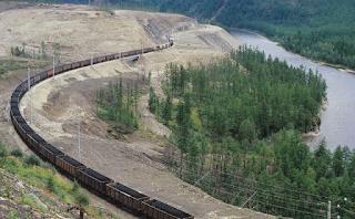 Вырубки леса длярасширения БАМа недолжны вредить Байкалу, заявили вГД.