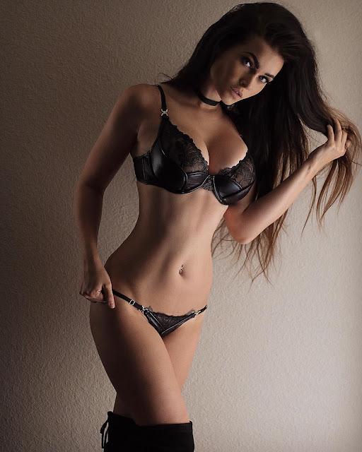 Niece Waidhofer - Model