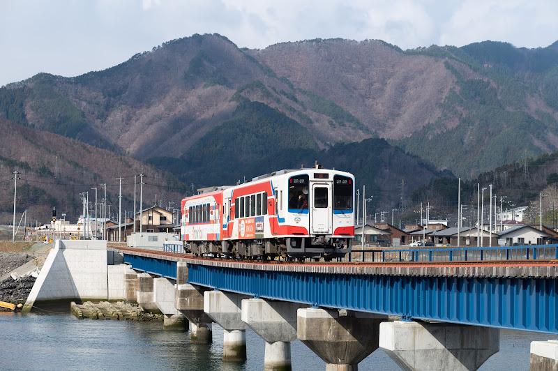 190324 大槌川を渡るリアス線列車