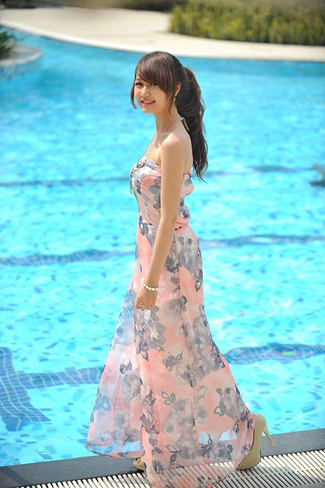 Váy hè xinh cho bạn gái siêu rẻ