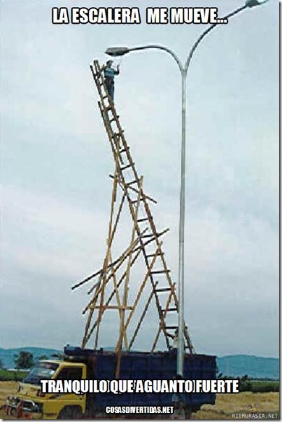 Cosas divertidas humor y chistes de electricistas for Escalera de electricista