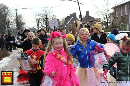 carnavalsfeest op school 08-02-2013 (59).JPG