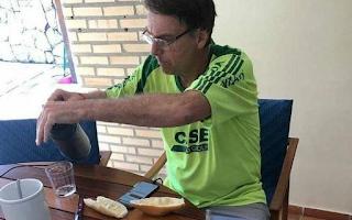 PDT protocola notícia-crime no STF contra Bolsonaro