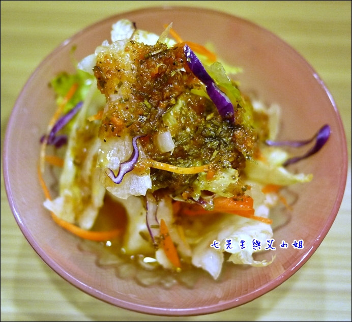 4 生菜沙拉