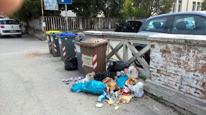 Monnezza a Sant'Eraclio