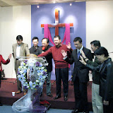 Prayer and offering night for the first potential property. ~2006-10 为第一次建堂奉献