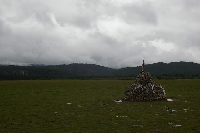 Le plateau (3200 m) tibétain : Shangjisha au Sud de Shangri-la (Zhongdian), le 22 août 2010. Photo : J.-M. Gayman