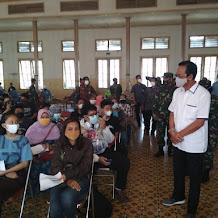 Sultan HB X Tinjau Vaksinasi Massal GKR Di Sasana Hinggil