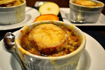 French Onion and Apple Soup