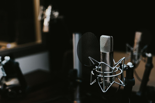 Turn any text into voice. Best AI voiceover tool!