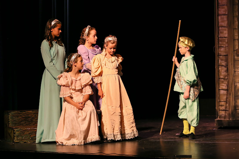 2014Snow White - 110-2014%2BShowstoppers%2BSnow%2BWhite-6498.jpg
