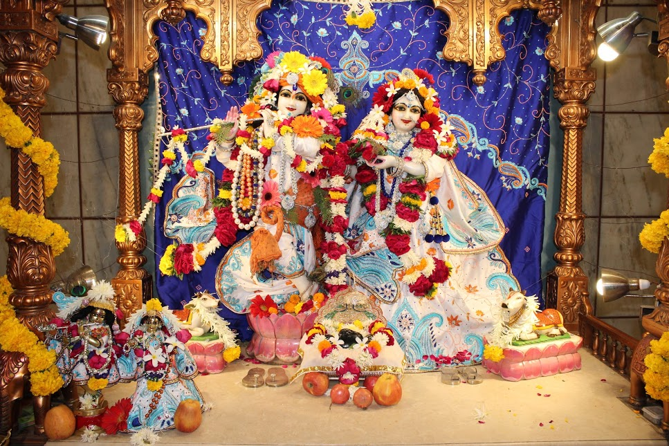 ISKCON Vallabh Vidyanagar 01 Jan 2016 (1)