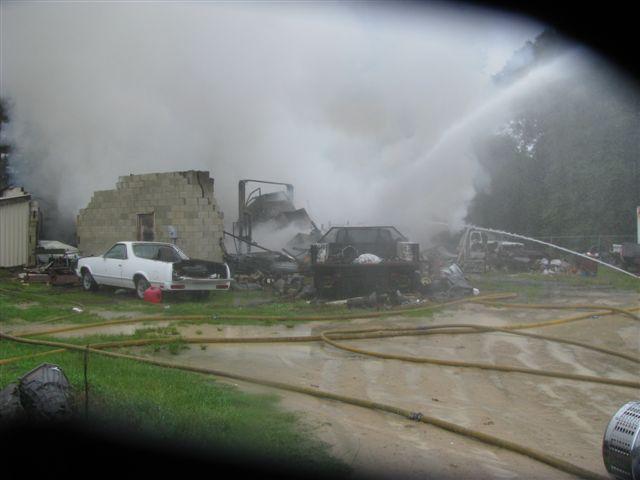 Friendfield Rd. Auto Repair Shop Fire 013.jpg