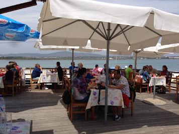 Armona 4 restaurant