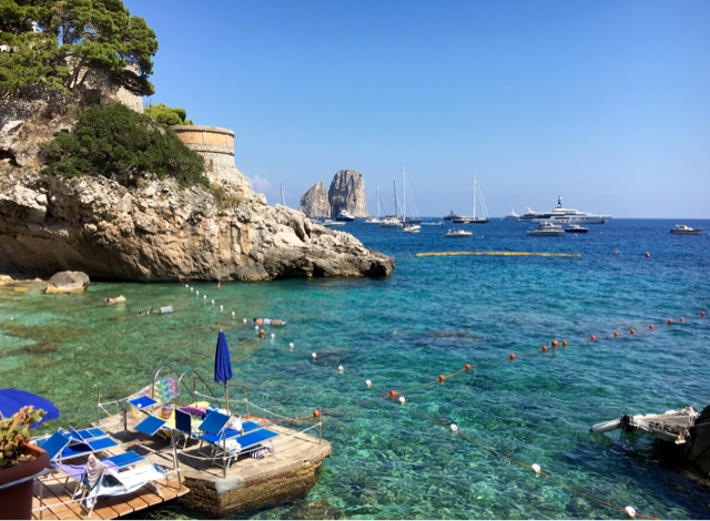 Torre Saracena // Capri // Best Beach Clubs in Italy