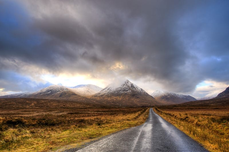 Road to mountains, Glencoe