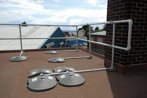 Barierka wolnostojąca na dach płaski