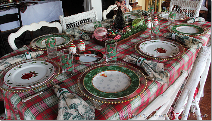 Christmas Table for Eight