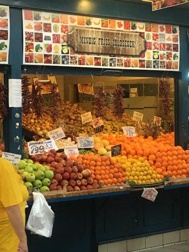 ハンガリー中央市場の野菜