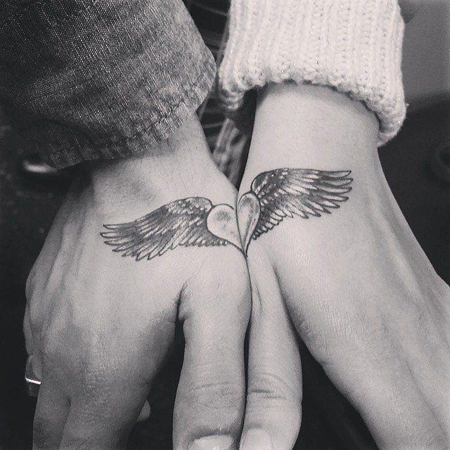 coraço_alado_par_de_mo_tatuagens