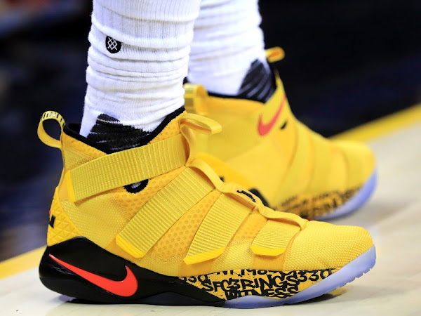 nike shoes nba warriors vs cavaliers score last night 891549