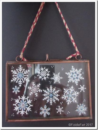 hristmas Glass Hinged Snowflake memory frame