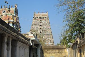 Mayiladuthurai Temple Inside View 01