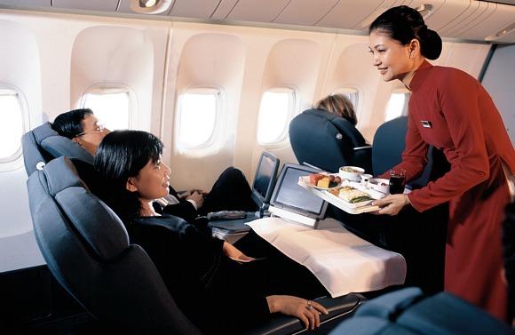 hotel-da-nang-beach-vietnam-airlines