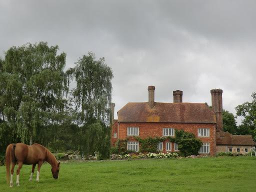 CIMG5783 Crippenden Manor