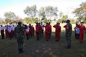 Babinsa Koramil 18/Lambaro Latih PBB Kepada Anak Sekolah