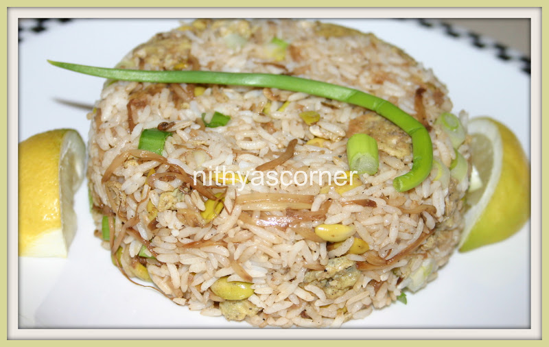 Muttai Sprouts Fried Rice