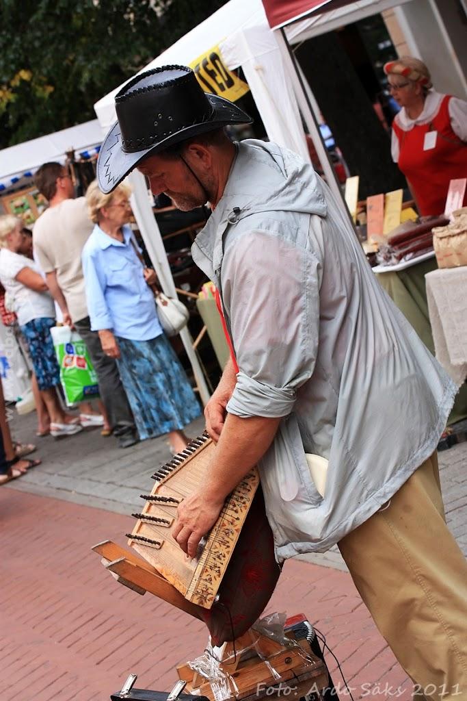 24.07.11 Tartu Hansalaat ja EUROPEADE 2011 rongkäik - AS24JUL11HL-EUROPEADE029S.jpg