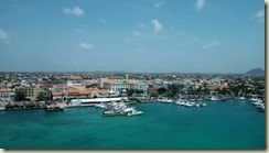 IMG_20180314_Oranjestad from ship 2